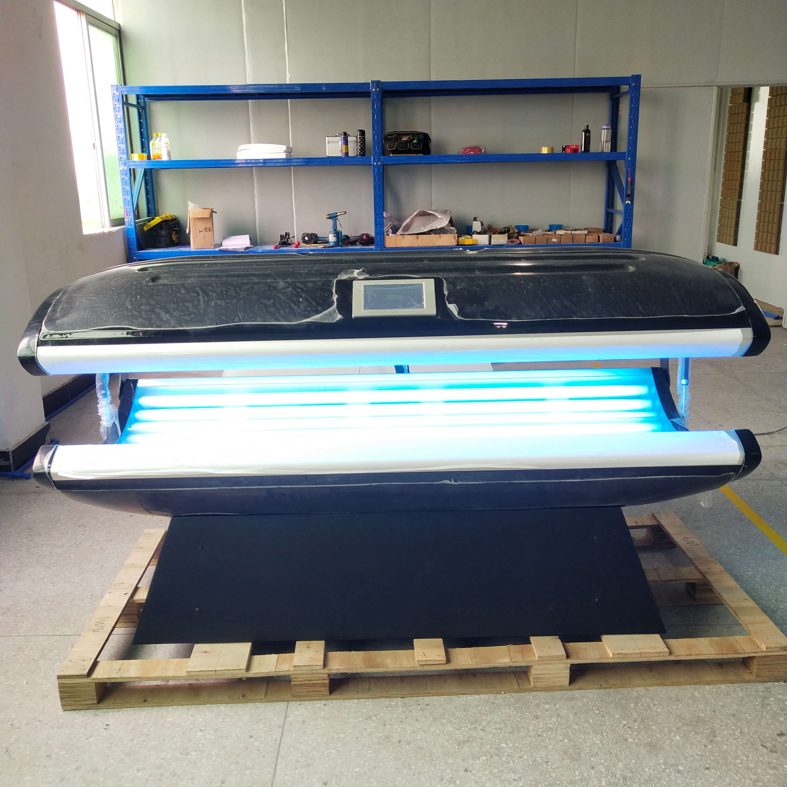 lying canopy tanning bed 11