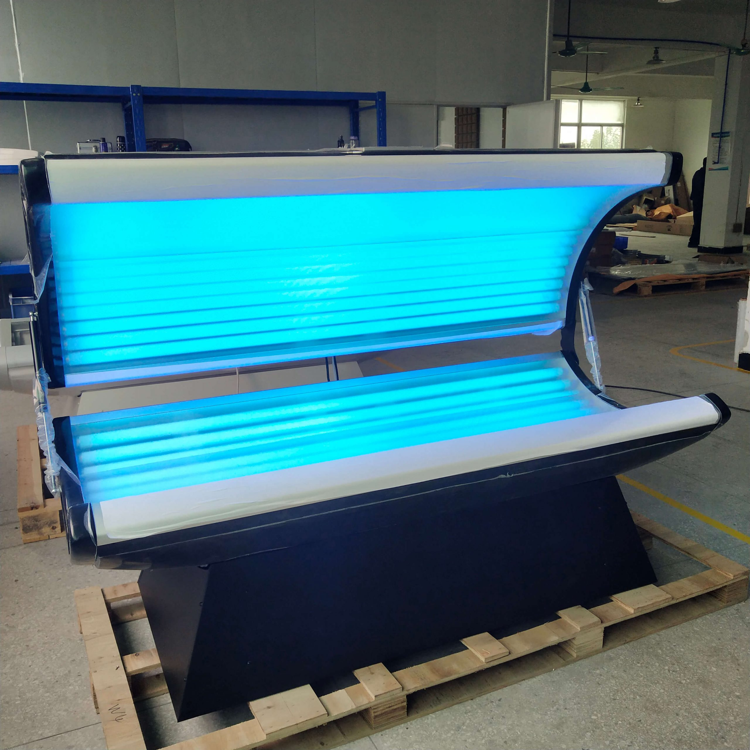 lying canopy tanning bed 8